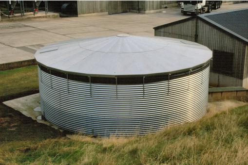 Як зберегти запаси води свіжими в промислових масштабах